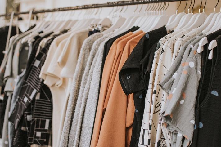 Jenis-jenis Pakaian Wanita