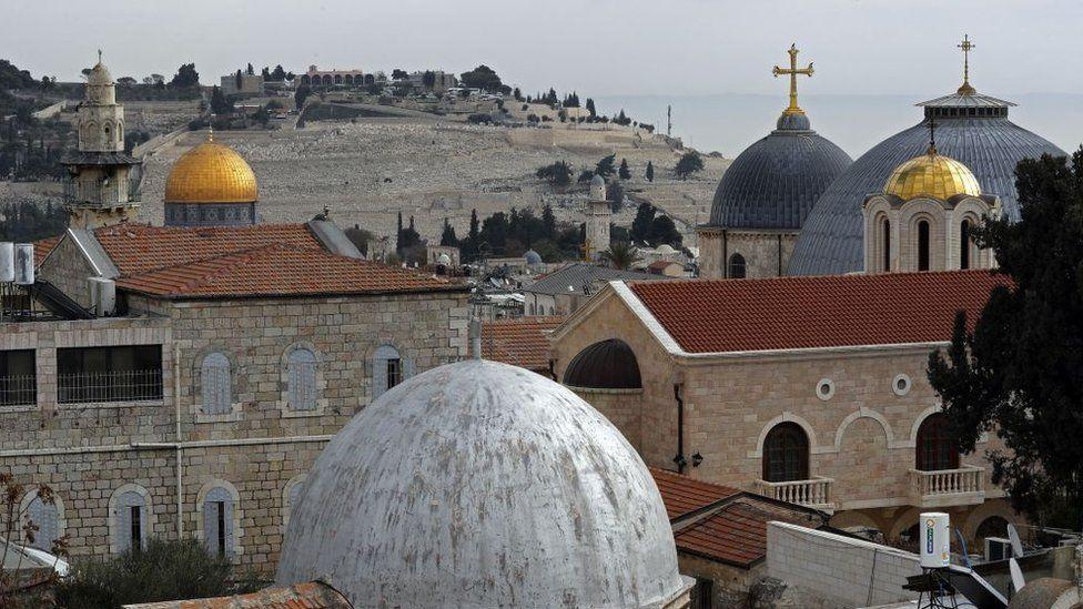 Daftar 10 Agama Terbesar di Dunia